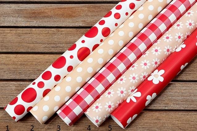 Balící papíry Red and Beige